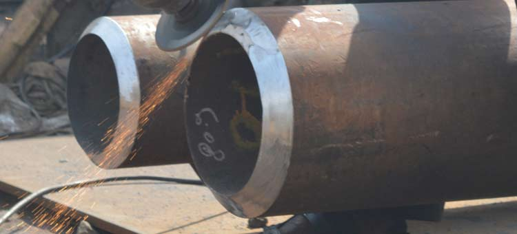 ASTM A335 P1 Pipe